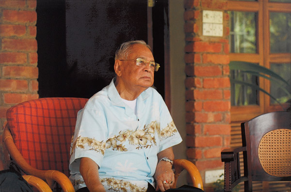 samson h chowdhury 2013-6-16 introduction: mr samson h chowdhury is known as a recognized and leading entrepreneur of bangladesh the story of samson chowdhury began far back on september 25, 1925 in.